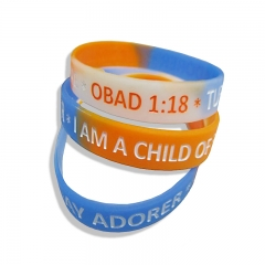 Embossed Logo in Light & Useful Silicone Wristband For Sale