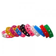 Breathable with Little Hole Silicone Wristband in Colorful for Sales